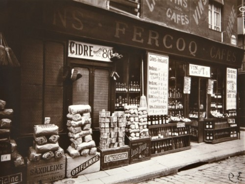 Store_Front_by_Eugène_Atget_1924